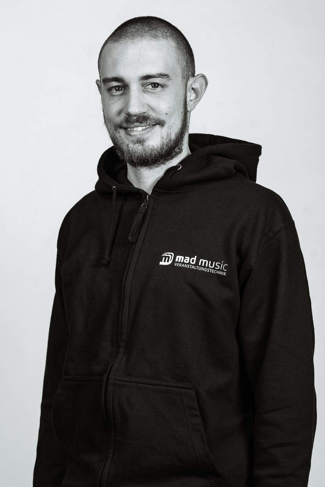 Simon Schwalb