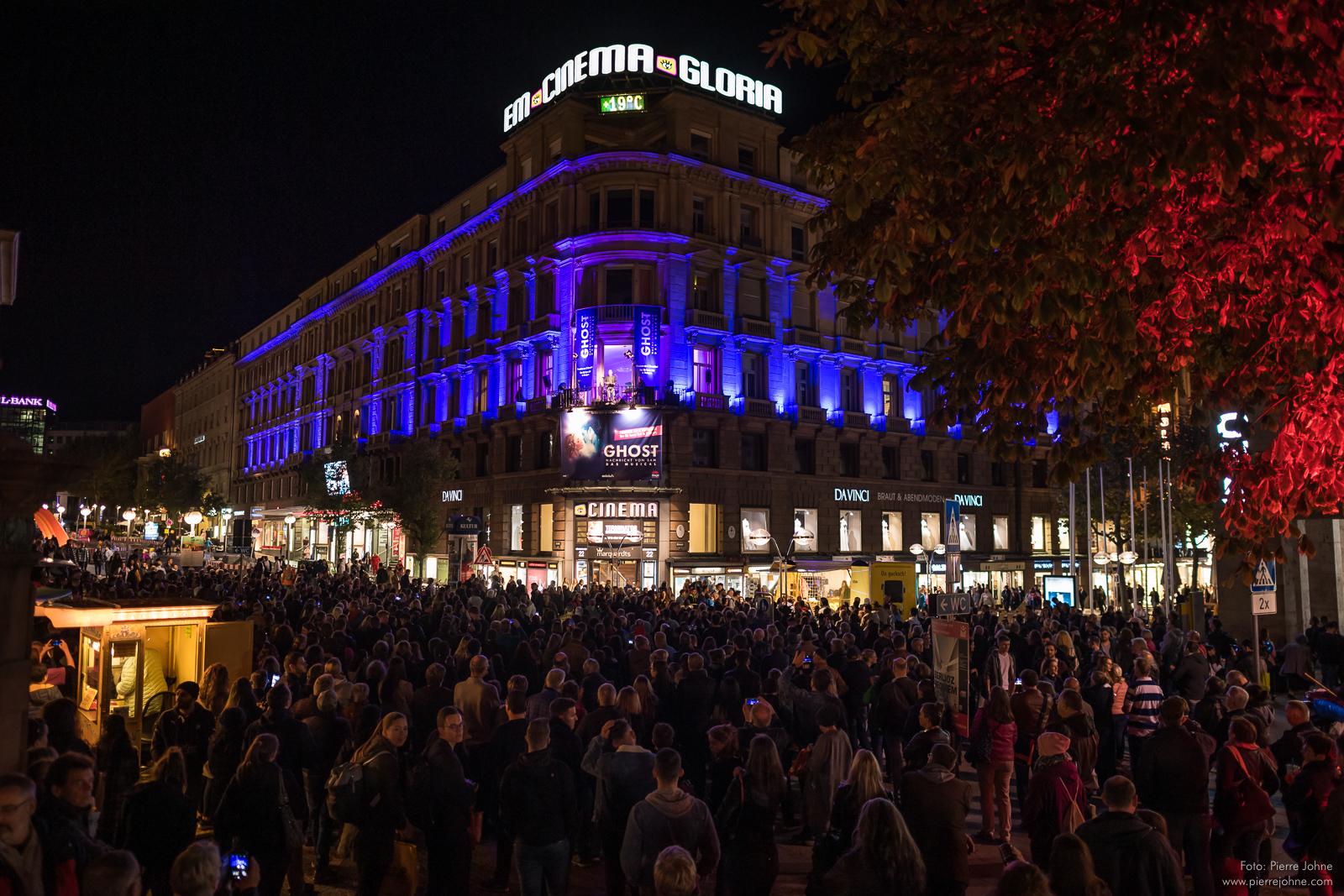 Stuttgart City leuchtet Ghost Musical